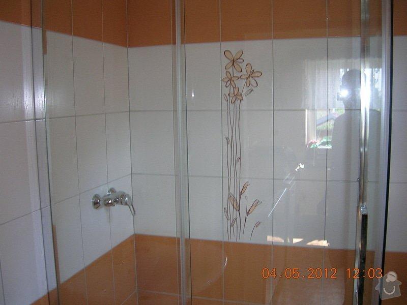 Obložení koupelny: DSCN4405