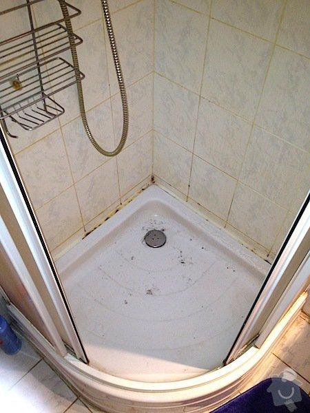 Mytí oken,čištění koberce, čištění sedačky, čištění sprchového koutu: Spr._kout_pred_cistenim