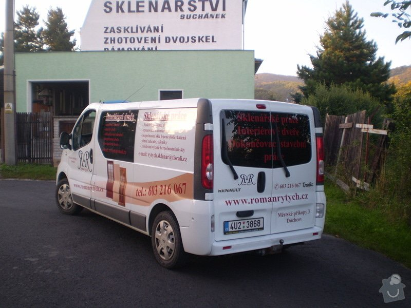 Výrobce reklam: P9210353