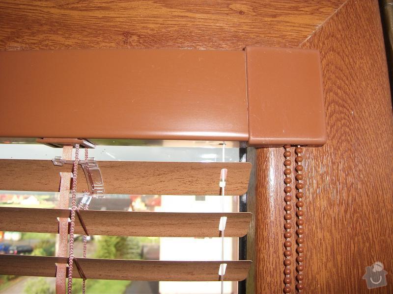 Okenní interiér.žaluzie (2x cca 670x1250 mm): DSCF4449a