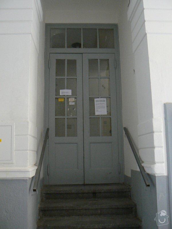 Zaklapovaci vchodove dvere: P1200079