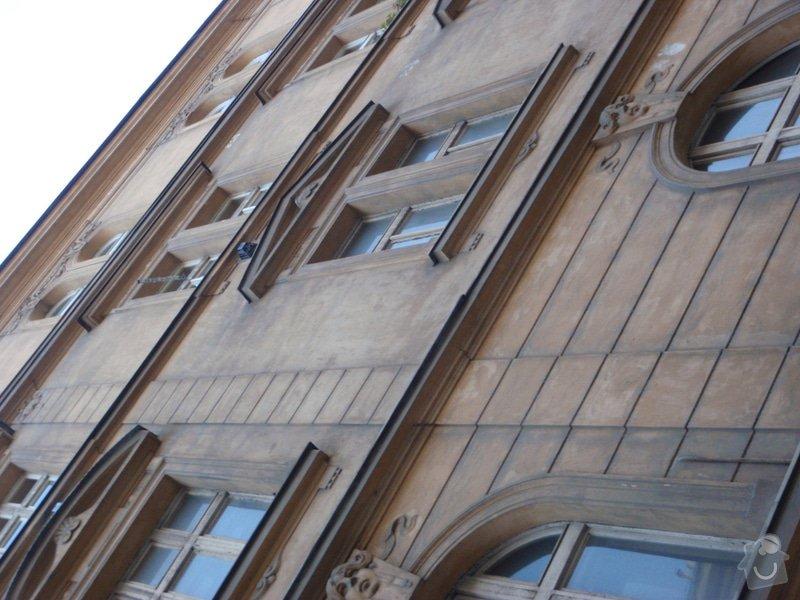 Oprava fasády historického domu: P5080138
