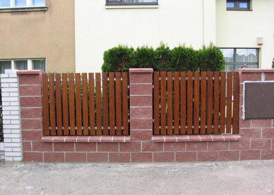 Odstranění a stavba nového plotu u rodinného domu