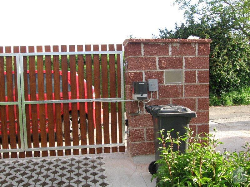 Odstranění a stavba nového plotu u rodinného domu: IMG_2798