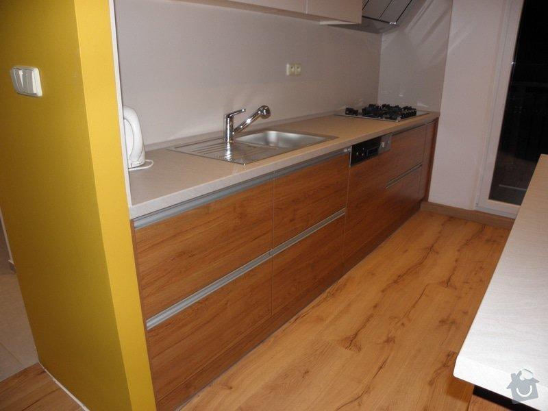 Rekonstrukce bytu, výroba kuchyňské linky: P5110370
