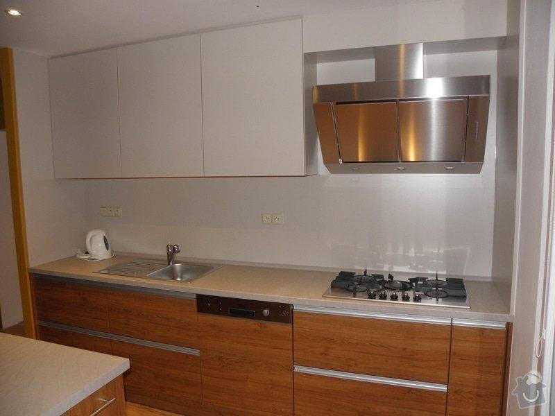 Rekonstrukce bytu, výroba kuchyňské linky: P5110371