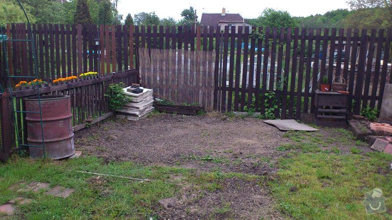 Terénní příprava na usazení bazénu, profesionální vyrovnání půdy: DSC_0056