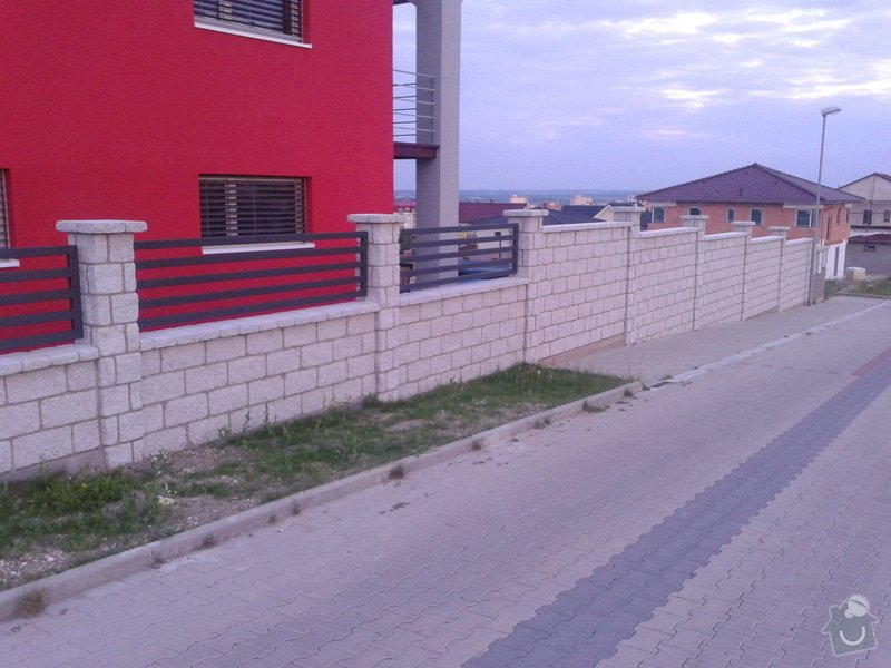 Výstavba plotu: Fotografie-0013