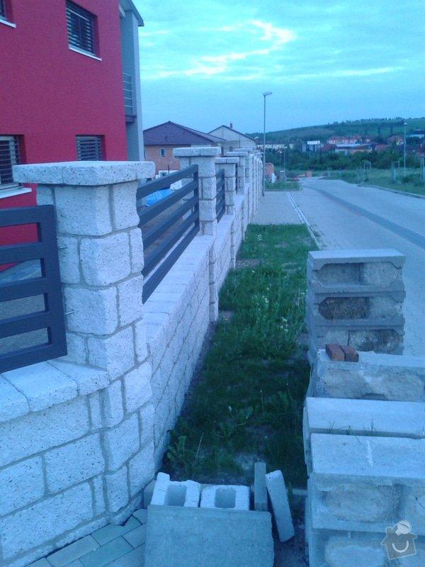 Výstavba plotu: Fotografie-0014