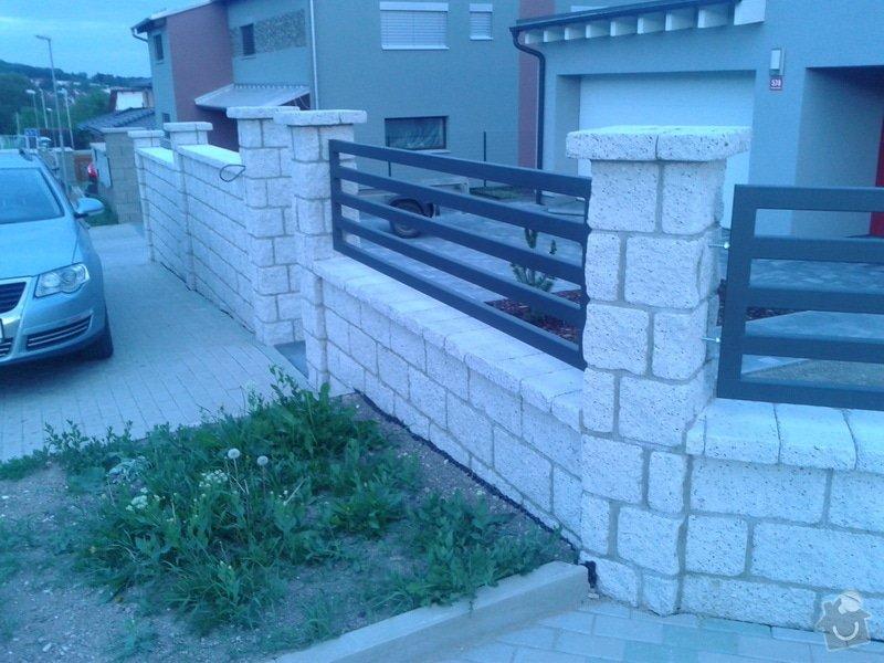 Výstavba plotu: Fotografie-0018