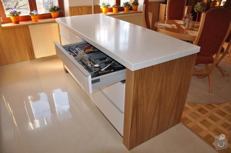 Vyroba kuchynske desky umely kamen: DSC_0286