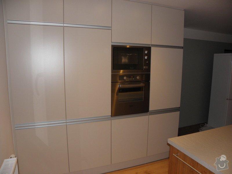 Rekonstrukce bytu, výroba kuchyňské linky: P5110374
