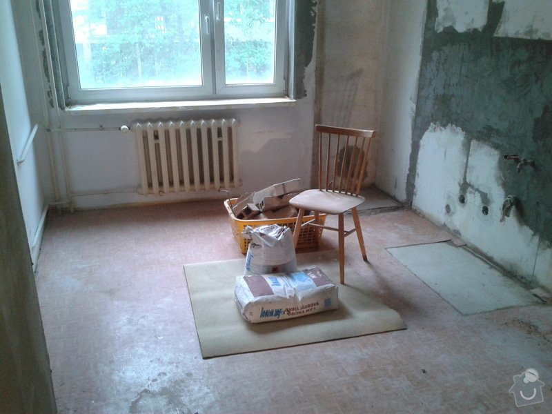 Renovace omítek a stropů,štukování,malířské práce,nátěry radiátorů v bytě 3+1: Fotografie-0051