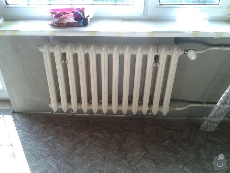 Renovace omítek a stropů,štukování,malířské práce,nátěry radiátorů v bytě 3+1: Fotografie-0046