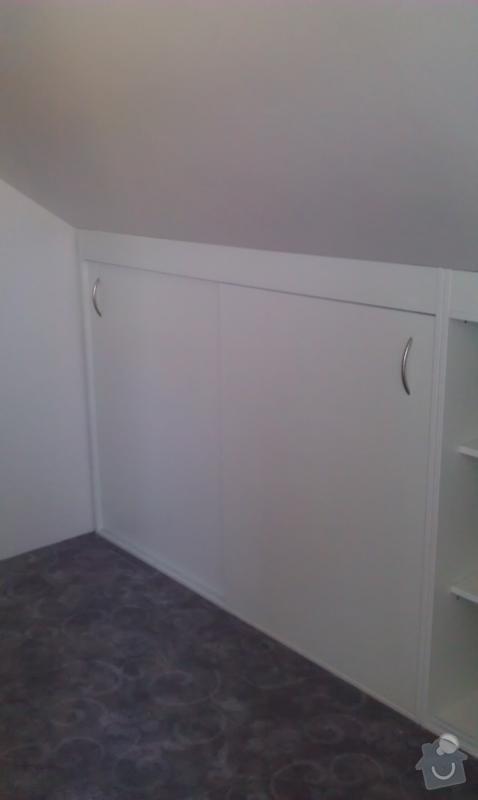 Vestavěné skříně do podkroví: IMAG0484_478x800