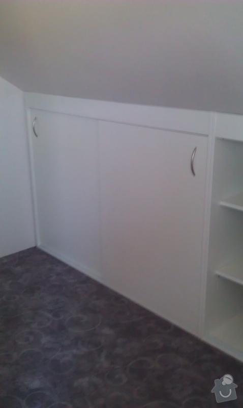 Vestavěné skříně do podkroví: IMAG0485_478x800