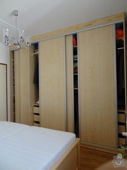 Vestavná skříň ,vybavení bytu: DSC_vestavka_ot.