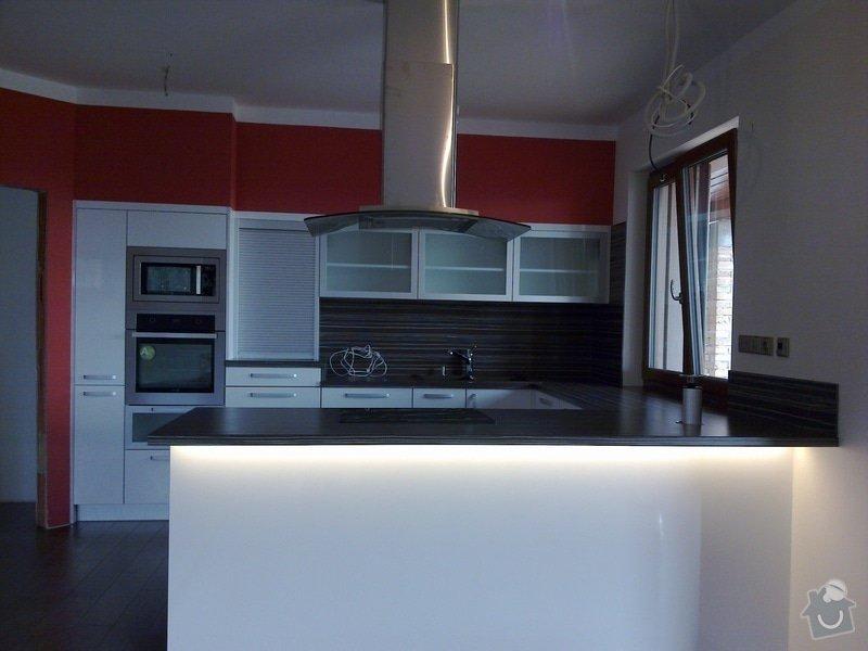 Kuchyňská linka: kuch1_23_