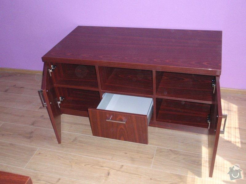Malování, pokládka plovoucí podlahy, výroba nábytku: P5212295