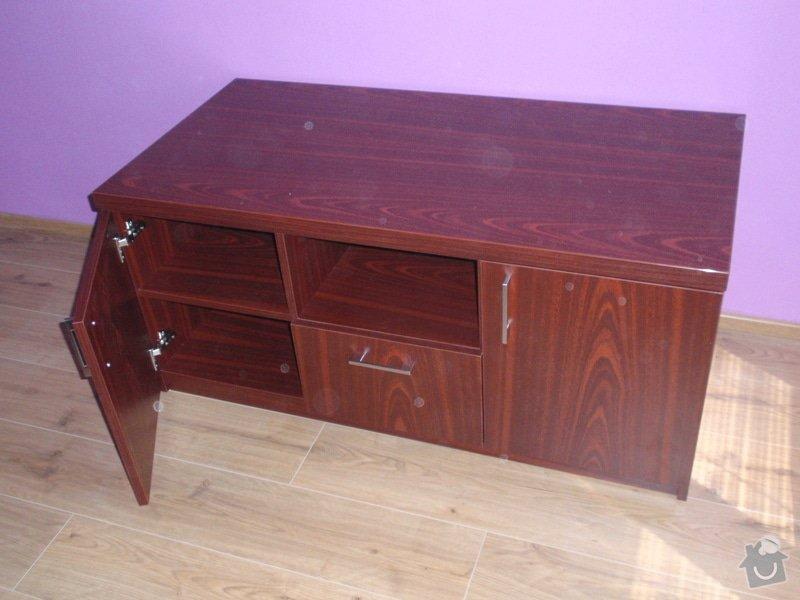 Malování, pokládka plovoucí podlahy, výroba nábytku: P5212296