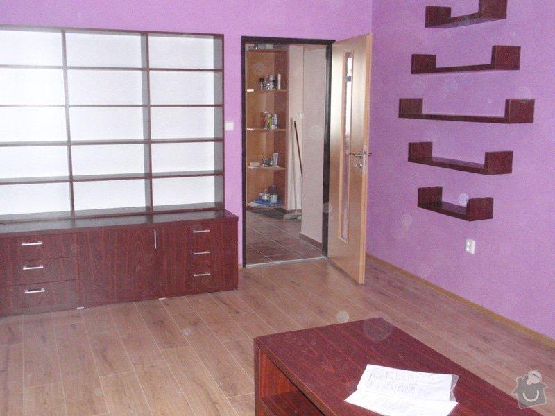 Malování, pokládka plovoucí podlahy, výroba nábytku: P5212300