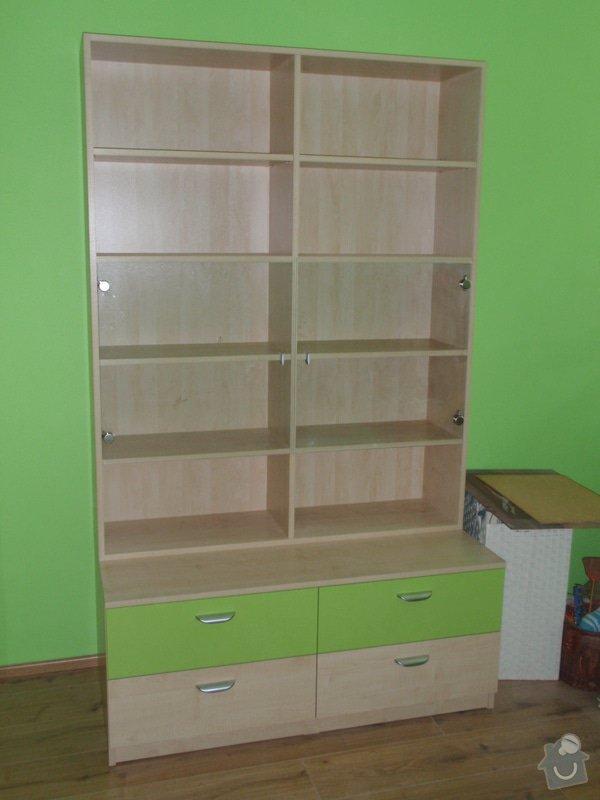 Malování, pokládka plovoucí podlahy, výroba nábytku: P5212301