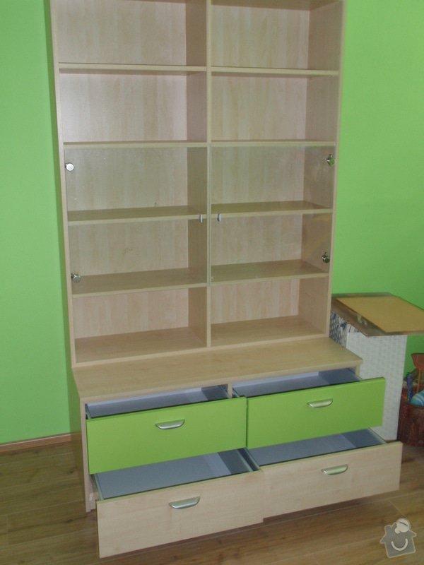 Malování, pokládka plovoucí podlahy, výroba nábytku: P5212302