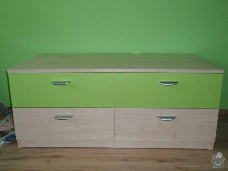 Malování, pokládka plovoucí podlahy, výroba nábytku: P5212304