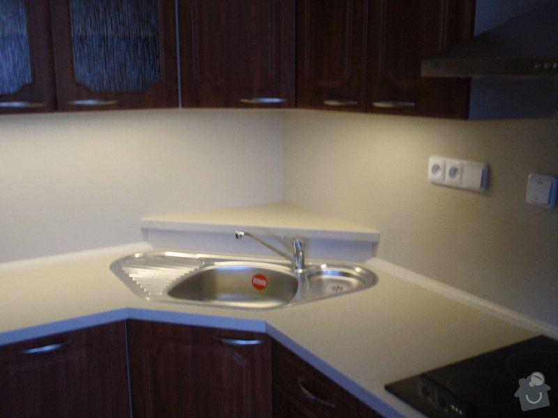 Výroba a montáž kuchyňské linky (41108): P5232311