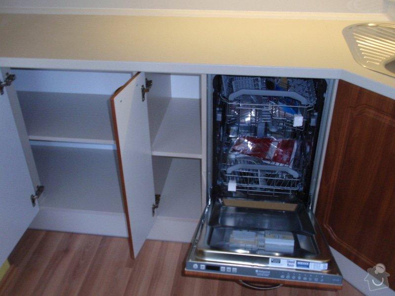 Výroba a montáž kuchyňské linky (41108): P5232317
