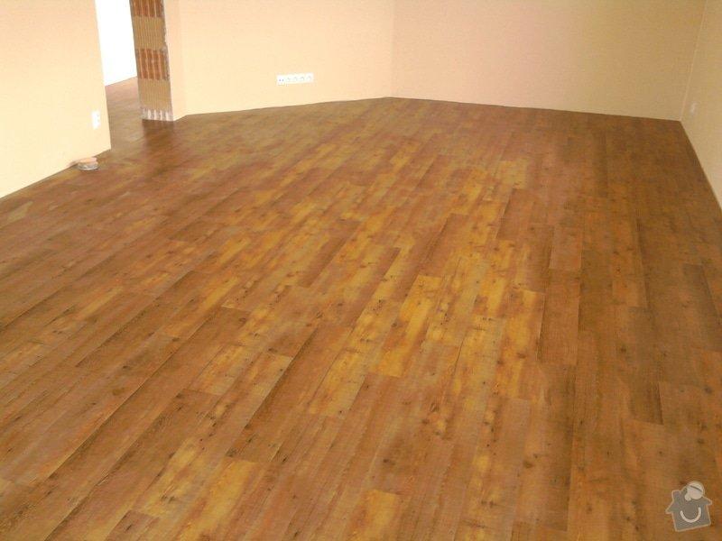 Vyrovnání podlahy, pokládka vinylových dílců: 13