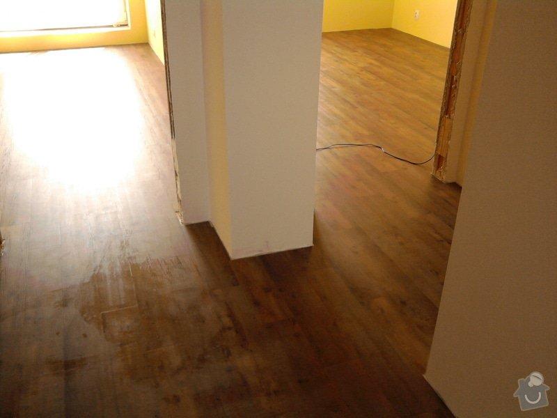 Vyrovnání podlahy, pokládka vinylových dílců: 23