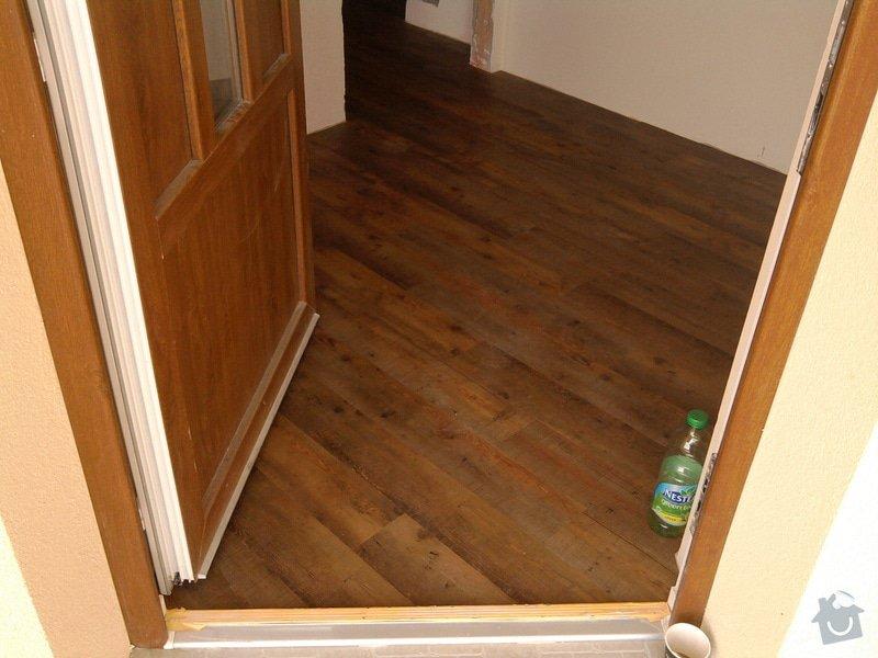 Vyrovnání podlahy, pokládka vinylových dílců: 24