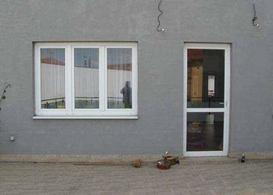 Venkovní žaluzie a sítě do oken