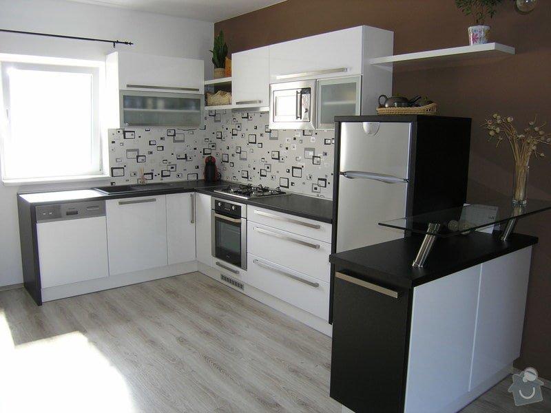 Kuchyňská linka: P1011712