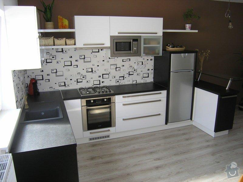 Kuchyňská linka: P1011715