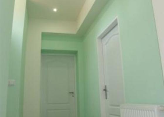 Rekonstrukce koupelny,kuchyňských prosror a předsíně