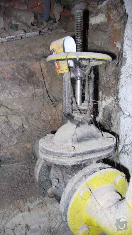 Rekonstrukce domovního rozvodu plynu - výměna plynových stoupaček, v bytovém domě Čajkovského, Praha 3: 02_hlavni_uzaver