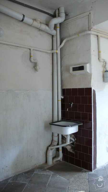 Rekonstrukce domovního rozvodu plynu - výměna plynových stoupaček, v bytovém domě Čajkovského, Praha 3: 05_stoupacka_1._patro
