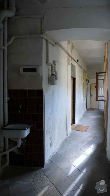 Rekonstrukce domovního rozvodu plynu - výměna plynových stoupaček, v bytovém domě Čajkovského, Praha 3: 07_rozvody_1.patro