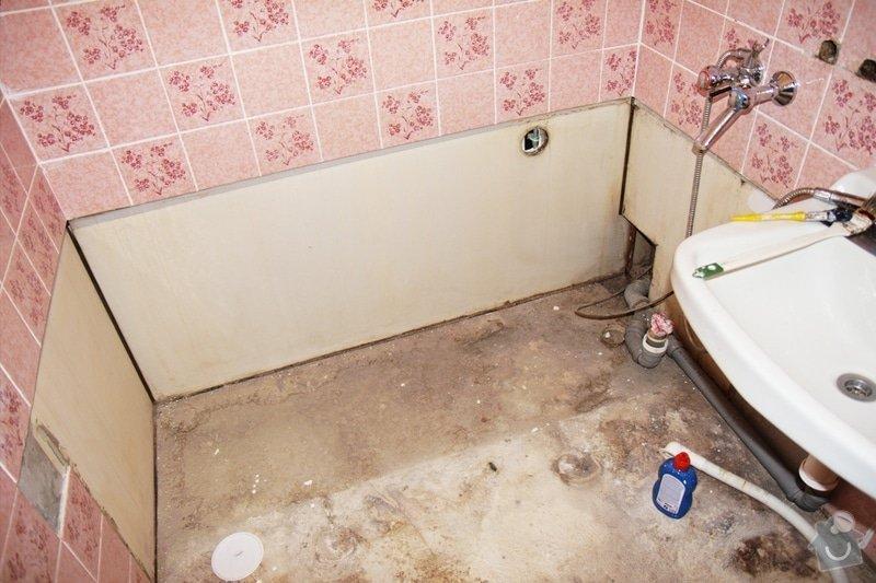 Instalace vany, pračky, baterie a obkladačské práce: koupelna