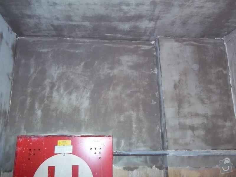 Oprava požárem poničených prostor: 100_1487