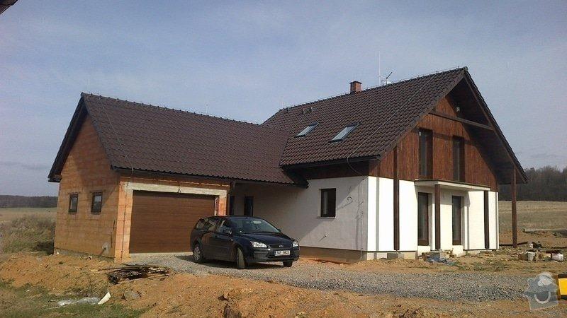 Zhotovení střechy a krovu: 2012-03-27-051