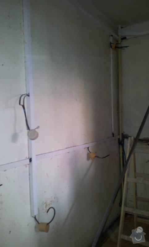 Odhlučnění stěny a podhledy s izolací: 20120528_105042