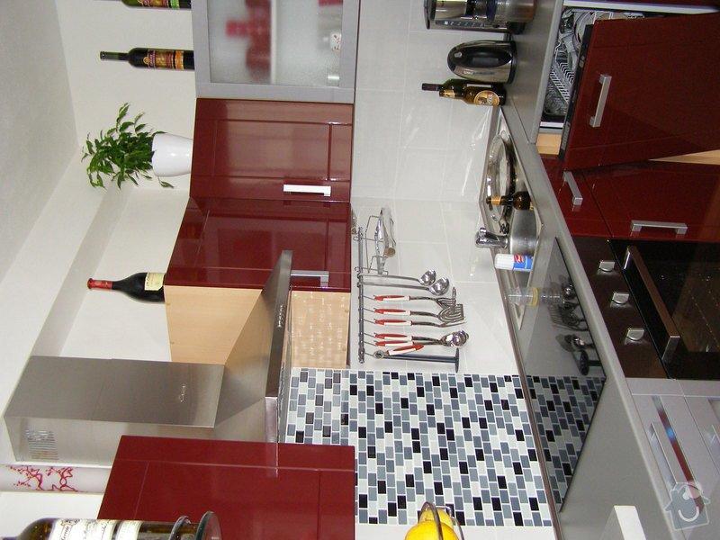 Rekonstrukce kuchyně: P1010004