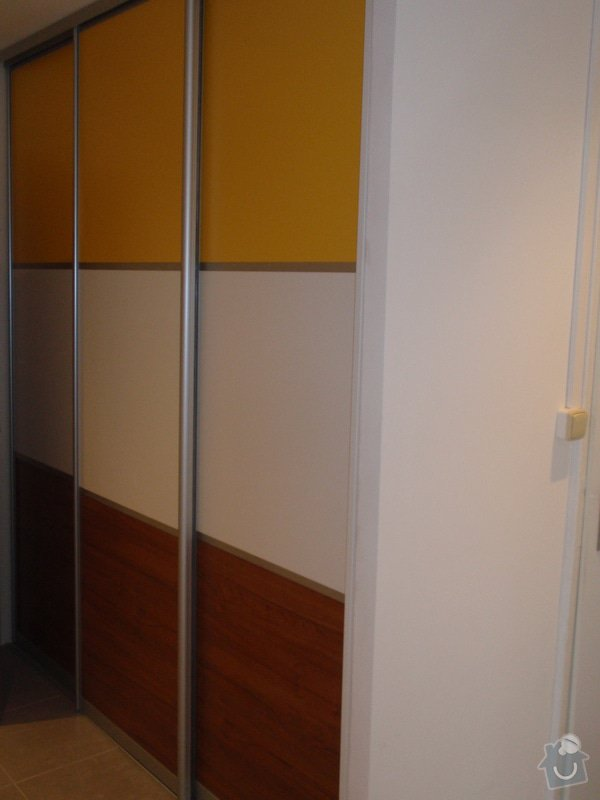 Výroba a montáž 3 ks vestavěných skříní: P5312336