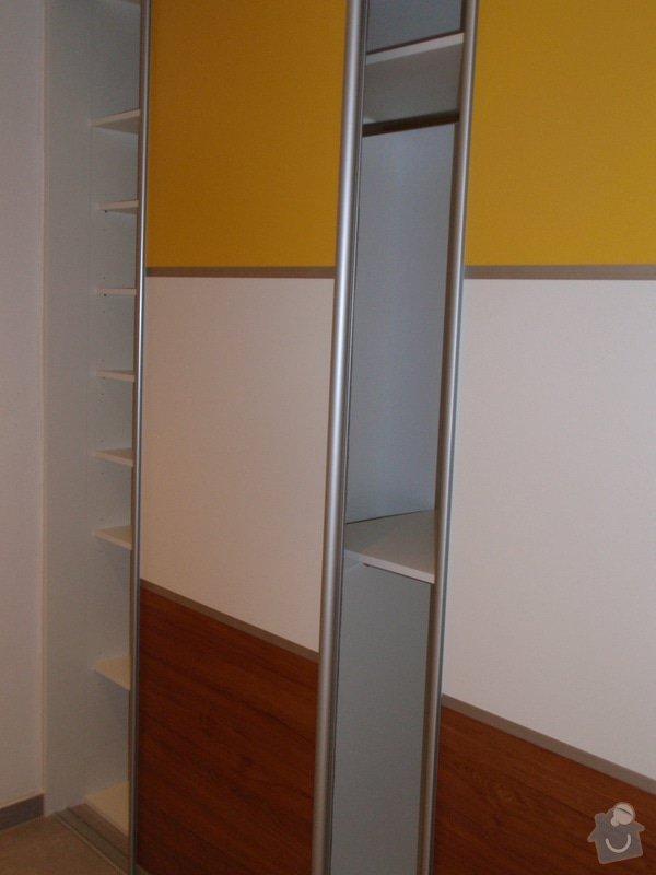 Výroba a montáž 3 ks vestavěných skříní: P5312341