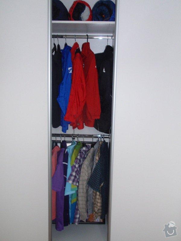 Výroba a montáž 3 ks vestavěných skříní: P6042354