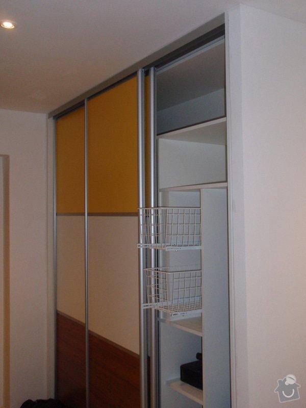 Výroba a montáž 3 ks vestavěných skříní: P6042356