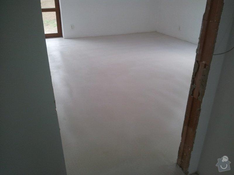 Stěrkování samonivelační stěrkou Thomsit AS1 a pokládka vinylové podlahy Expona Domestic: 2012-05-03_12.11.43